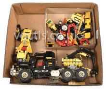 QTY inc Lego Technik or similar Vehicles