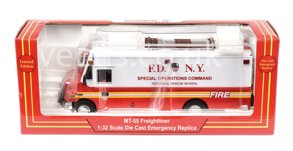 Code 3 Collectables No.14005 (1/32nd Scale) FDNY