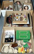 QTY inc Collection of dolls and childhood toys