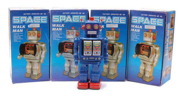 GRP inc Space Walk Man (China) 4 Tinplate