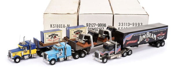 GRP inc 1/58th scale model Articulated Trucks
