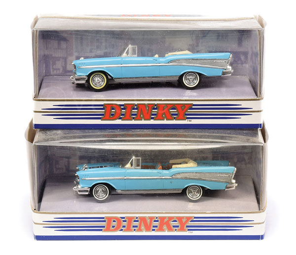 PAIR inc Matchbox Dinky The Collection 2 x DY27