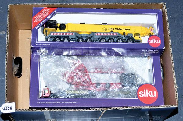 PAIR inc Siku boxed No.4810 Heavy Mobile Crane