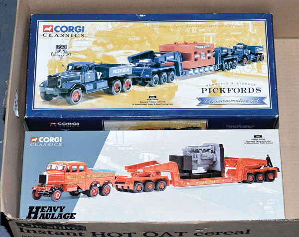 PAIR inc Corgi boxed No.55201 Pickfords Diamond