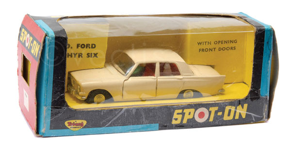 Spot-On No.270 Ford Zephyr 6 with open front