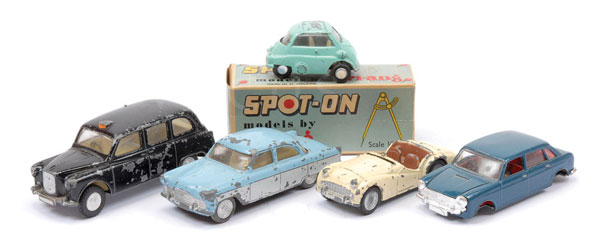 GRP inc Spot-On unboxed Cars - (1) Ford Zodiac