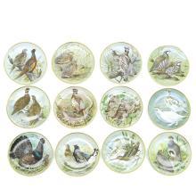 Lot of 12 Franklin Mint Plates