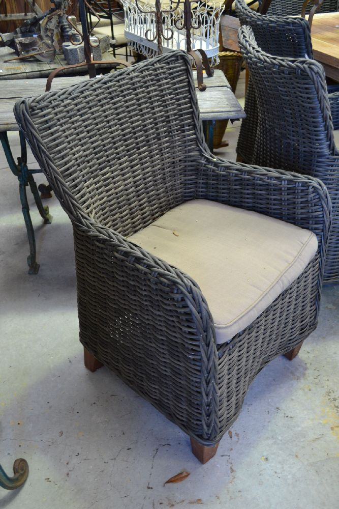 Eight wicker outdoor chairs 8 for Real wicker outdoor furniture