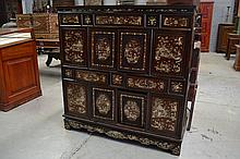 Antique Chinese mother of pearl inlaid multi door