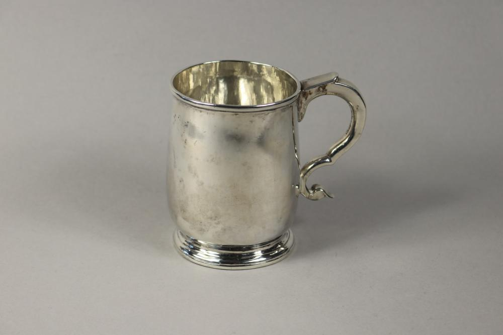 Antique George I hallmarked sterling silver mug, London, Britannia Standard, 1719-20, approx 220 grams