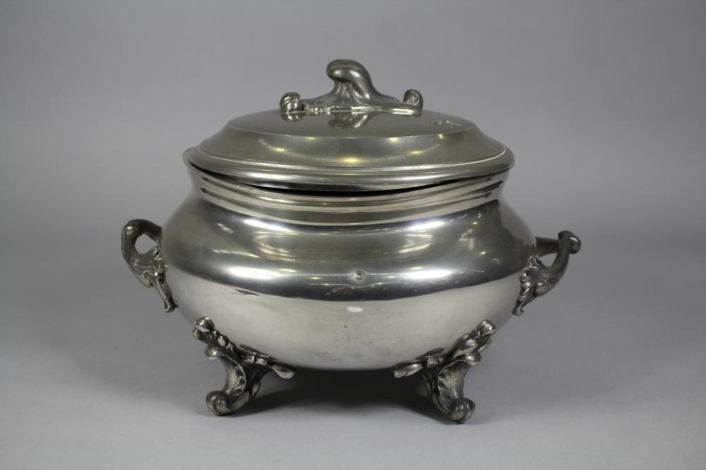 French pewter twin handled tureen, approx 22cm H x 32cm W