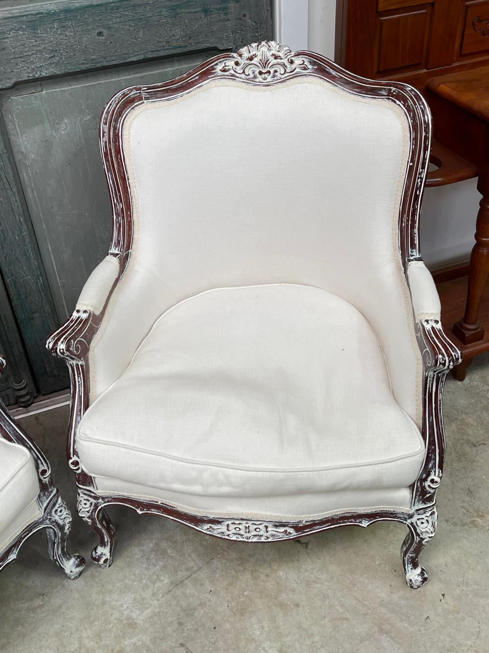 Pair of Louis XV style painted frame arm chairs (2)