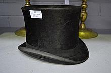 Antique French gentleman's top hat