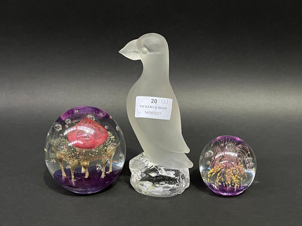 Glass bird with two paperweights, approx 17cm and smaller (3)