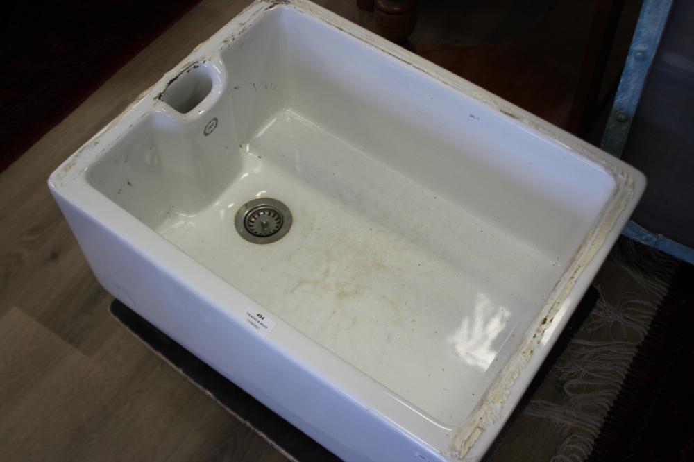 Porcelain butlers sink
