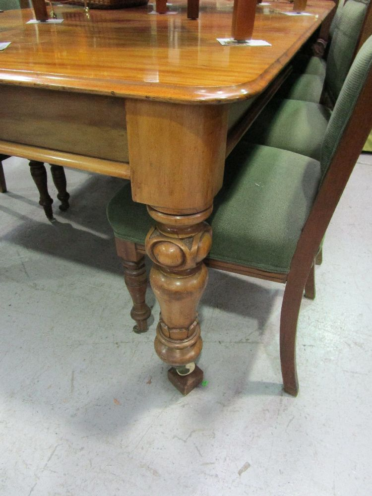 Good Antique Extension Dining Table Well Carved Turned Legs