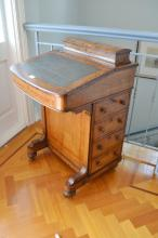 Antique Victorian walnut davenport, fitted with a bank of drawers to the side