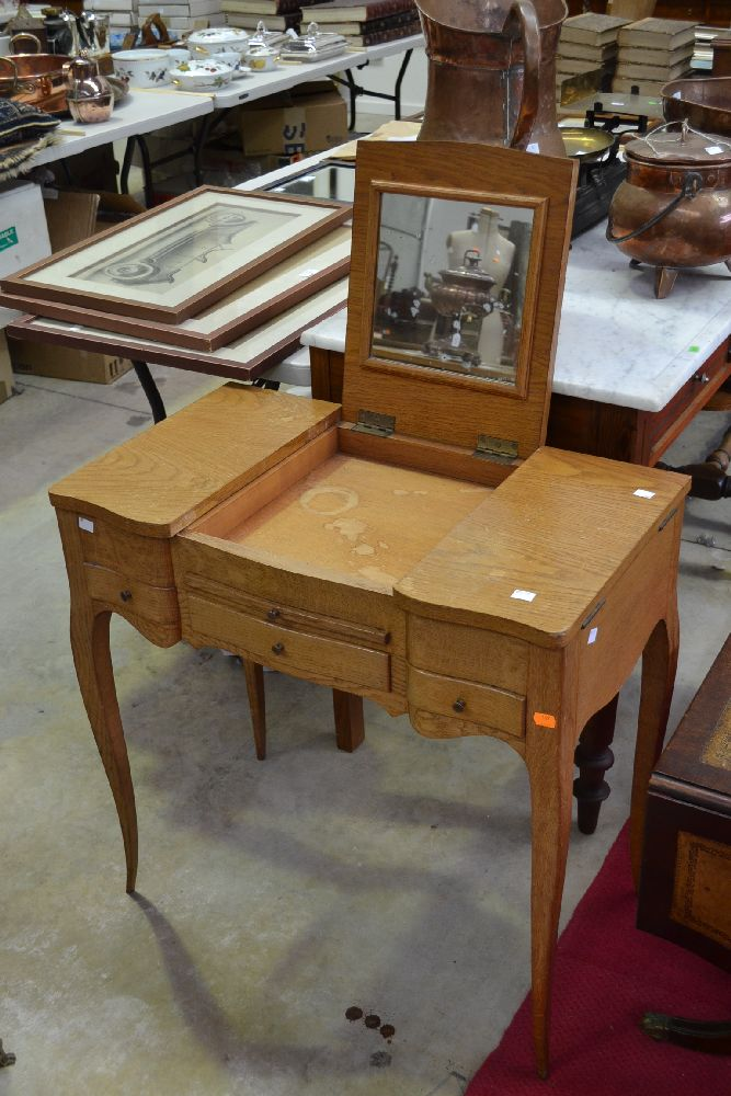 Lot 232: Vintage French Louis XV style dressing table