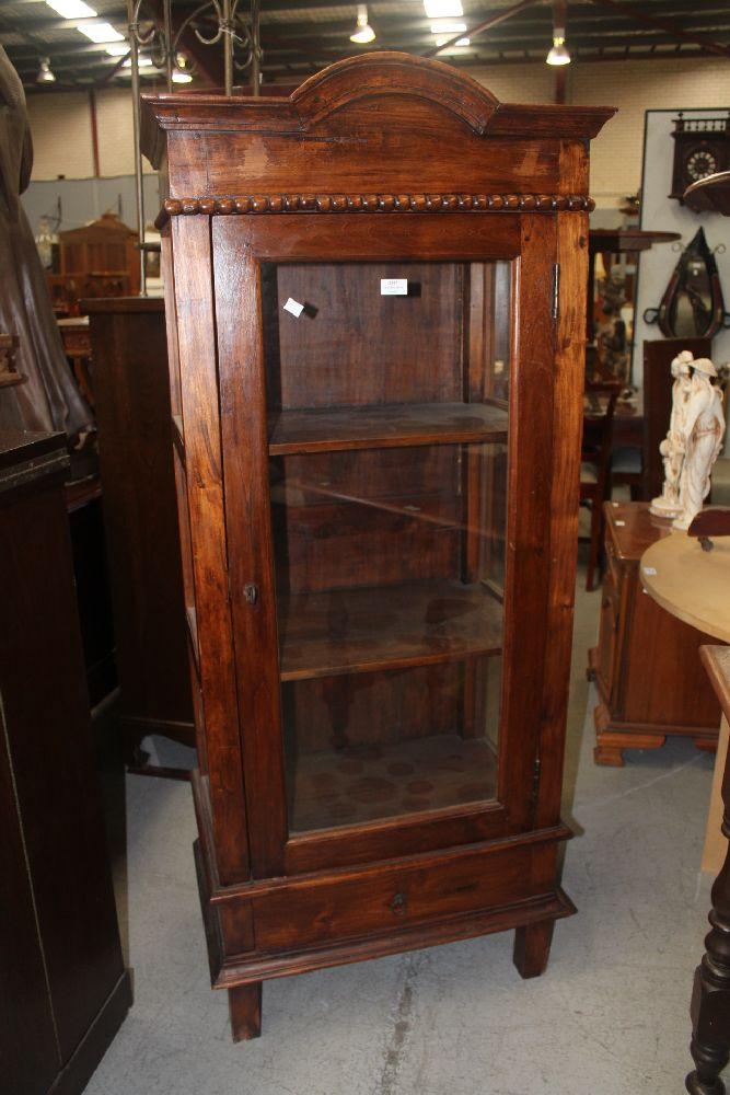 Display Cabinet Approx 157cm H X 65cm W X 43cm D