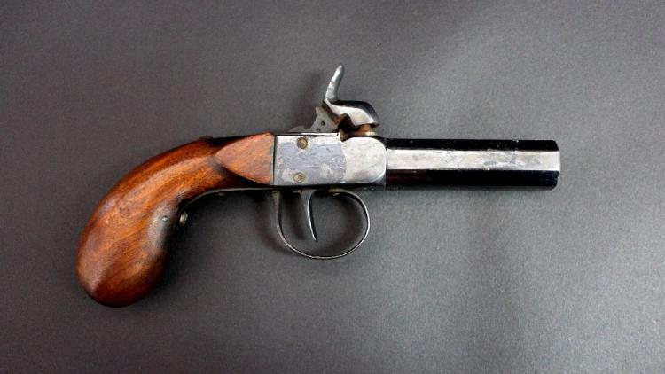 Antique Continental single shot percussion pistol, approx 18cm overall with 6cm octagonal barrel of about .47 calibre, with bag shaped grip
