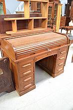 Mahogany desk, approx 99cm H x 129cm W