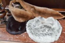 Fur stole & hats