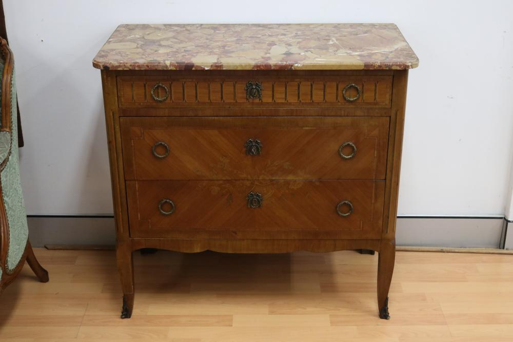 Vintage good quality French Louis XV style transitional marble top commode, three drawers, laurel wreath handles, marquetry decoration, approx 88cm H x 93cm W x 47cm D