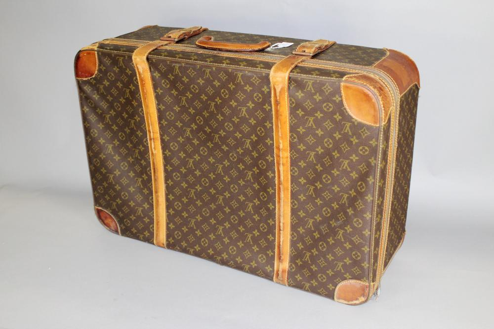 87e5aa677e61 Louis Vuitton Luggage   Briefcases for Sale at Online Auction