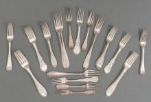 (34) ASSORTED FOREIGN & AMERICAN EARLY COIN SILVER FORKS