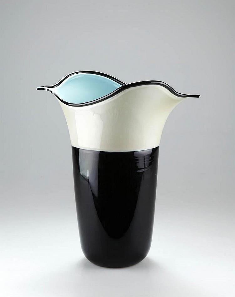 Toni Zuccheri, Vase 'Morbido', 1984