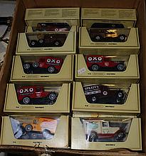 40 Matchbox Yesteryear in straw boxes. Multiples a