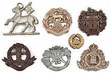 4 WWII infantry plastic cap badges: Queens, Glouce