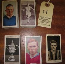5 sets of Football ciagarette cards: Ogden Football Club Captains (50), Chu