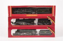3 Hornby Railways Tender Locomotives. A Southern Railway Class N15 4-6-0 lo