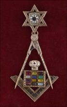 Tested 10K gold Masonic badge/medal