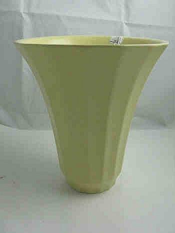 Wedgwood Keith Murray Moonstone Vase
