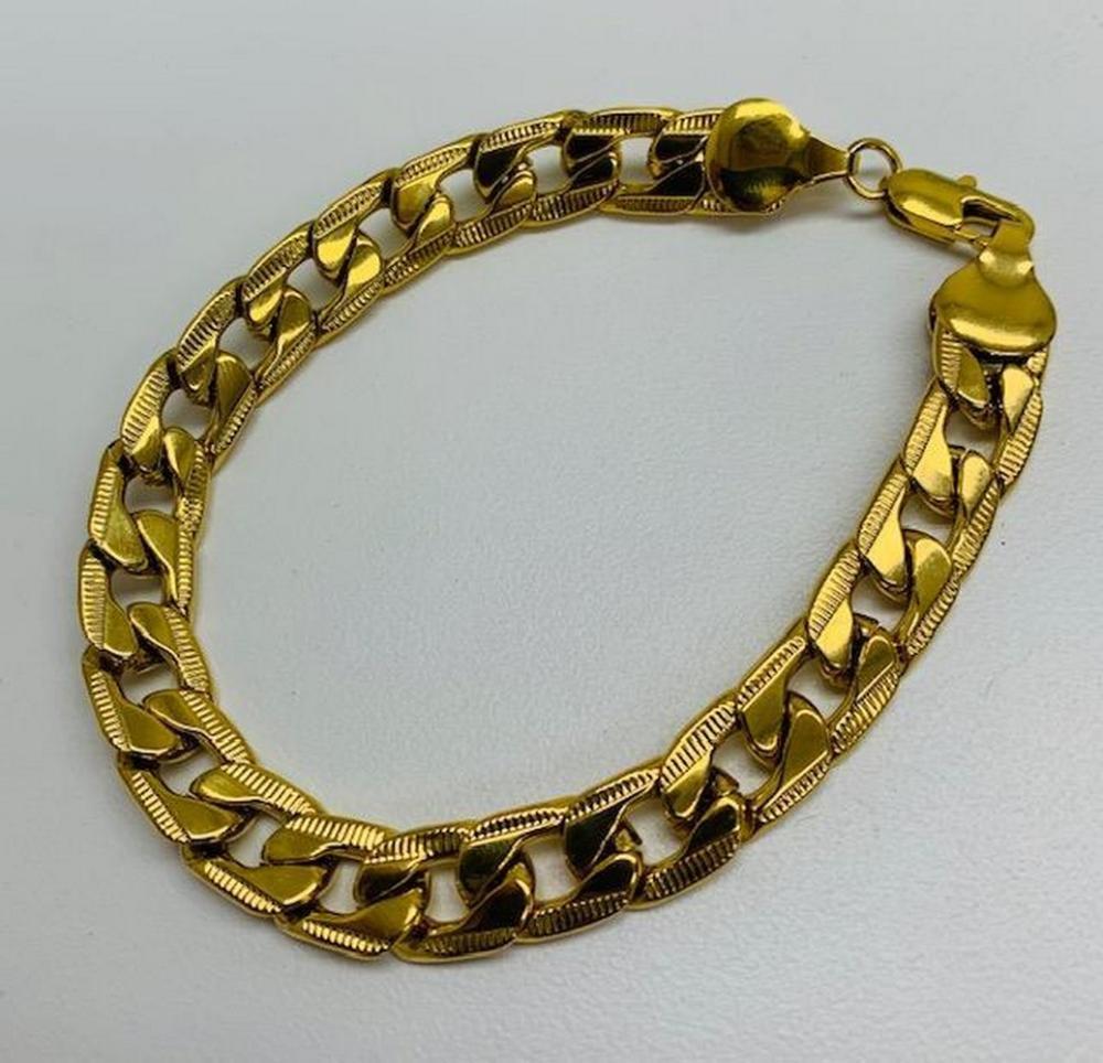 Mens 14kt Gold Plate Cuban Link Bracelet