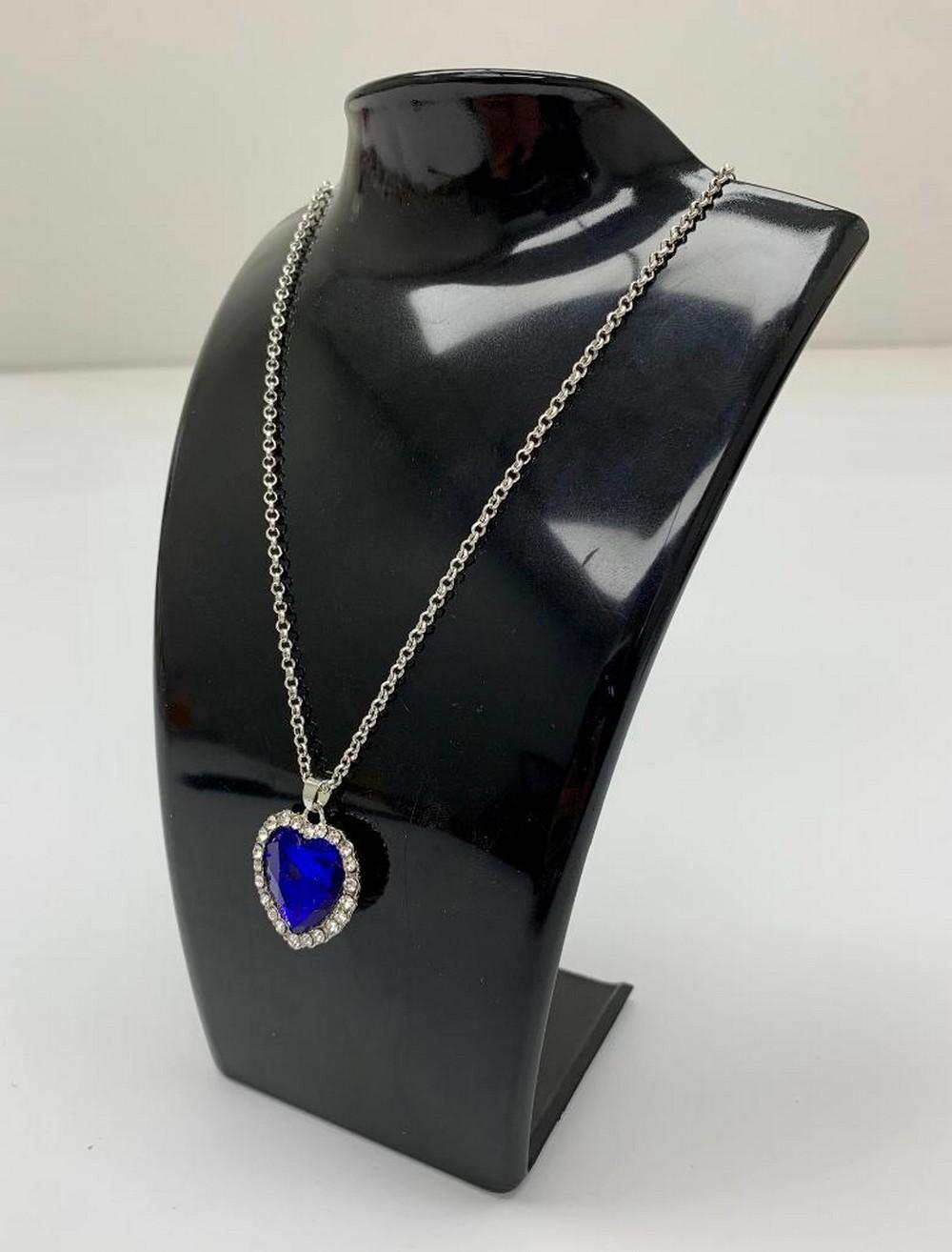 Ladies Midnight Blue Semi-precious Gemstone Heart Pendant Necklace