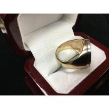 Lot 516: Men's 14K Gold Championship Custom Designed Horse Racing Ring with 1.75ct Diamonds