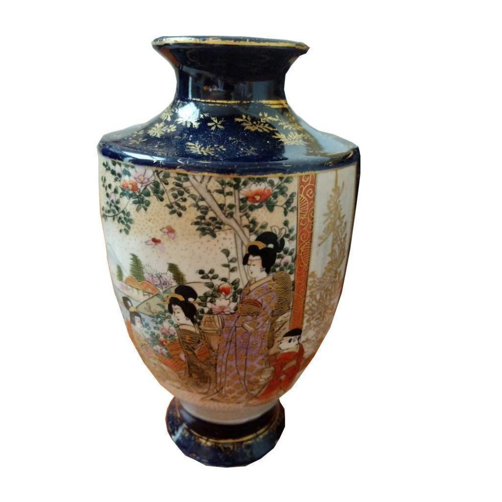 Late 19th Century Satsuma Figurative Signed Asian Vase