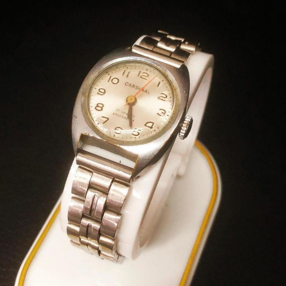 Ladies Vintage Silver Tone Cardinal Wrist Watch