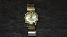 Bulova Accutron. 14 kt Wristwatch.