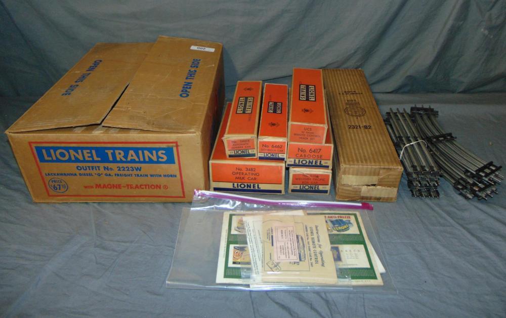 Lionel Train Set 2223w 1954 Boxed