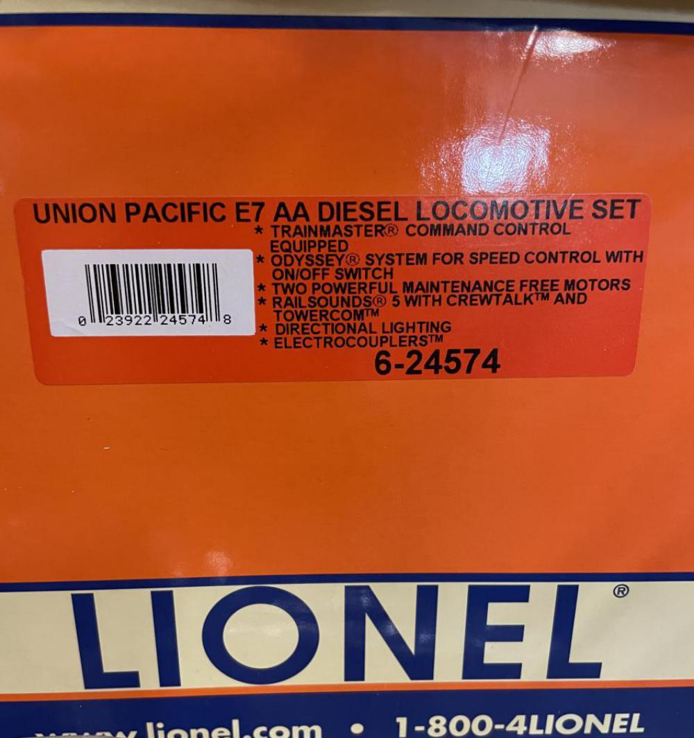 Lionel 24574 UP E7 AA Diesels