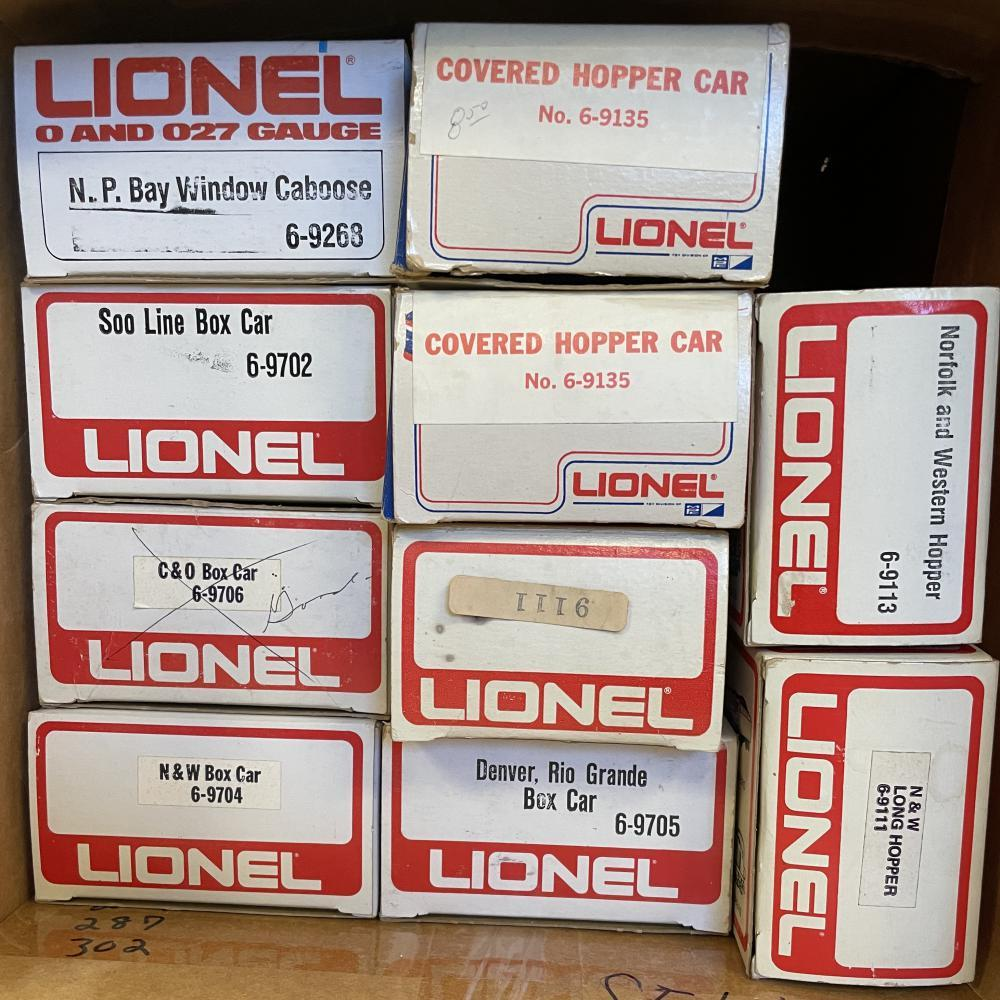 10 Lionel MPC Freight Cars