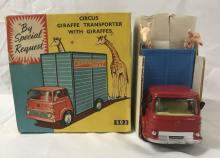 Boxed Corgi 503 Chipperfields Circus Giraffe Truck