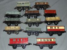 13Pc Hornby Rolling Stock Lot