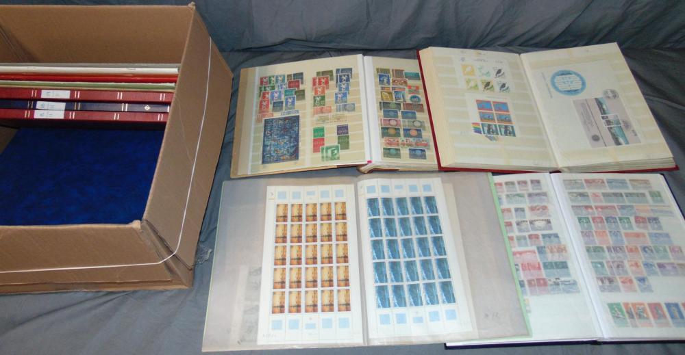 Worldwide Estate Stamp Collection.