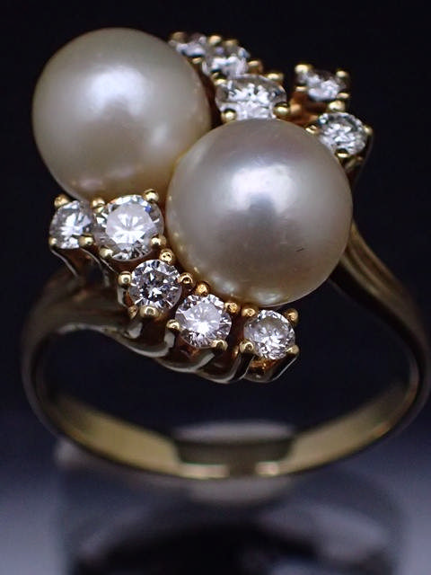 A 14ct gold diamond & pearl cluster ring