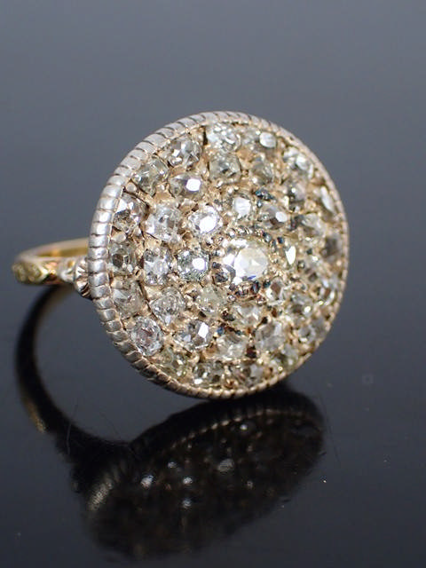 An antique diamond cluster ring approx. 38 diamonds, finger size approx. P